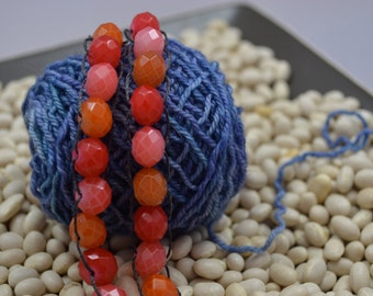 Knitters Counting Bracelet in Orange/Red Beads