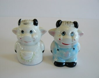 Cow Salt and Pepper Shakers, Smiling Cows, Happy Cows