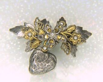 Cara Stimmel Ltd Vintage Brooch