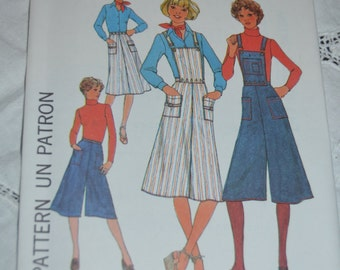 70s Simplicity 7890  Misses Skirt and Pantskirt with Detachable Bib Sewing Pattern Sewing Pattern - UNCUT Size 10 or Size 12