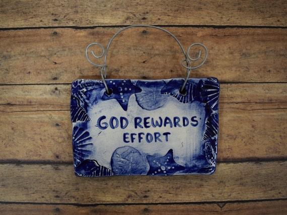 Small 3x5 Seashell Boarder Quote Plaque 'God Rewards Effort'