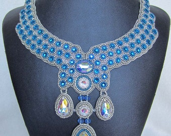 Bead Embroidery Statement necklace   published on BEAD & BUTTON magazine    'Blue Duchess'
