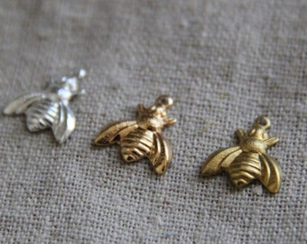 Brass bee charm pendant 10x10mm-1286-silver/18k gold/raw brass