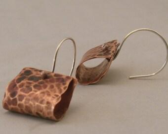Copper hammered dangle earrings
