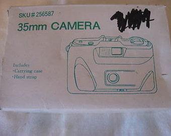 Unbranded 35mm Film Camera Point & Shoot NIB C2-11