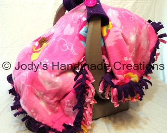 Infant / Baby Carseat Canopy / Tent / Cover  - Disney's Princesses / Purple  Fleece / Warm / Tied / Privacy / FREE SHIPPING
