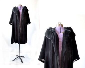 Velvet Coat, Velvet Cape, Velvet Jacket, 1950s Coat, 50s Coat, Womens Coat, Opera Coat, Opera Jacket, Vintage Coat, Black Velvet Coat