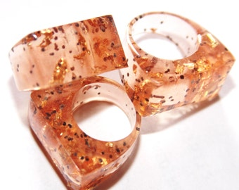 Handmade rezin ring . Size 6 ,7 , 8. Free USA shipping!