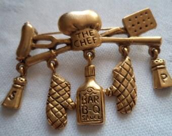Vintage Signed Danecraft  Gold pewter Chef Dangler Brooch/Pin