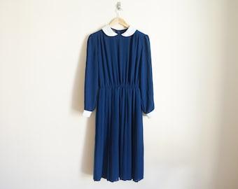 Vintage 1960s Dress / Peter Pan Collar Dress / Navy Blue Dress