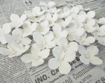 "White Edible Sugar Hydrangeas ""By The Dozen"""