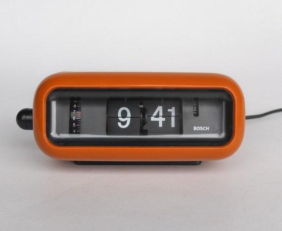 vintage flip clock alarm clock bosch udw2 retro orange. Black Bedroom Furniture Sets. Home Design Ideas