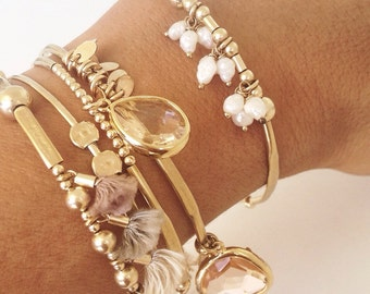 skinny Gold hammered Bangle w fresh water pearls, bangles stack, bracelet stack, charm bracelet