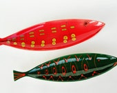 Reserved for George 2 Italian fish dishes pottery bowl red green yellow pin dish sixties desk pen holder olives peanut