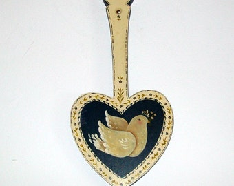 CLEARANCE - Vintage Heart and Dove Wood Wall Hanging - Quaint - Folk Art - Cottage Chic