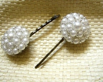 Vintage Pearl Cluster Earring Bobby Pin/Hair Clip -  Eco Chic. Pearls and Beads.