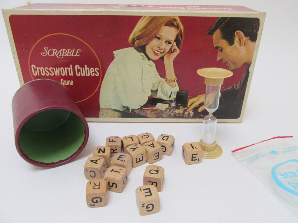 Vintage Scrabble Crossword Cubes Game