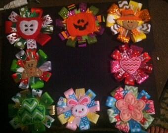 Interchangable badge bow seasonal sets
