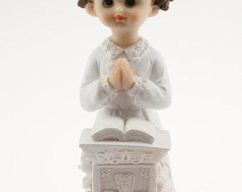 2 Communion Praying Girl in White Dress