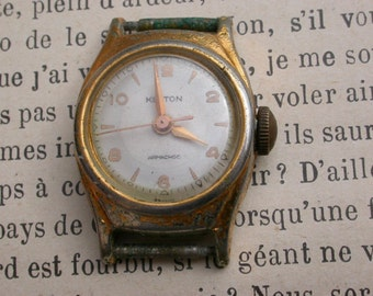 French antique wrist woman watch working mecanical watch solid bronze based lady gold plated watch