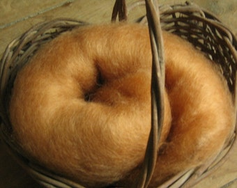 Carded Batt, 100% Lincoln Longwool, Butterscotch, Hand spinning or Felting,  2 ounces