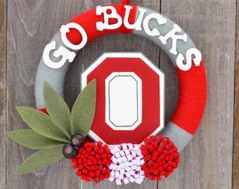 Ohio State Wreath // OSU Yarn Wreath // Buckeyes // Bucks // 12 inches
