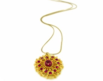 Dazzling Gold Tone and Red Rhinestone Pendant Necklace