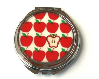 APPLE MIRROR - red apple compact mirror - Vegan accessory - fruit mirror - Teacher Accessories - Favorite Teacher - Teacher Gift Idea