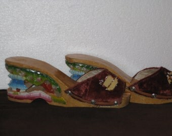 1940's  Women's Asian/ Japanese Wooden Hand Carved  And Painted Platform Wedge Shoes /40s Wooden Oriental Wedge Shoes/ Size US 6.5-7.5