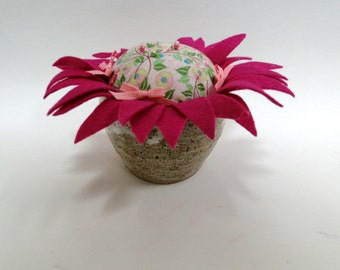 Raspberry Cream Pin Cushion- Glazed Clay Pottery Pincushion- Felt Flower Pincushion- Collectable Flower Pincushion- Needlecraft Pincushion