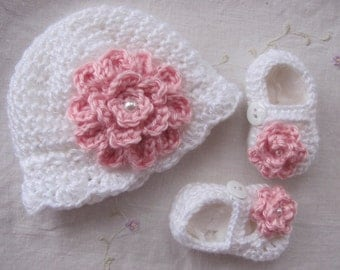 Baby Hat and MaryJane Set (MADE TO ORDER) Infant Hat, Baby Gift, Spring Baby Set, White Baby Hat With Flower, Hand Crochet Baby Hat & Shoes