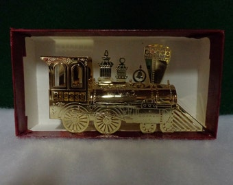 Gorham Gold Color Metal No 9 Steam Locomotive Ornament Very Nice