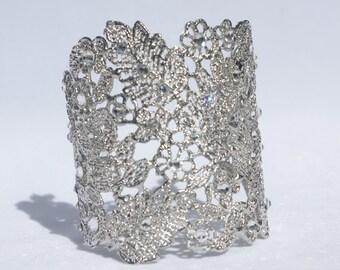 Silver Bridal Cuff Bracelet, Swarovski Crystal and Pearl Wedding Cuff Bracelet, Lace Cuff Filigree Bracelet, Floral Lace Bridal Crystal Cuff