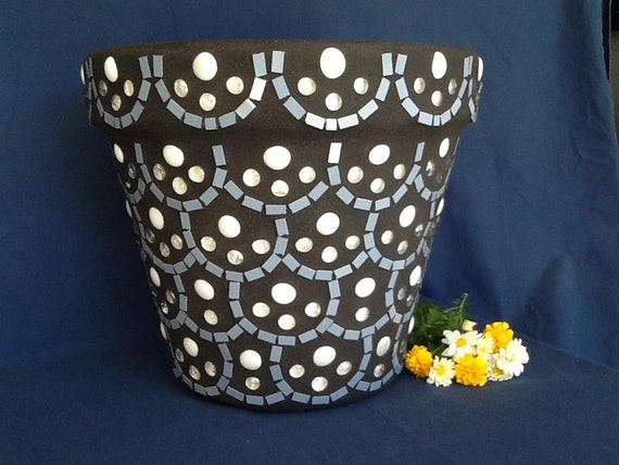 Mosaic flower pot planter scallop design wedgewood blue Wedgewood designs