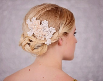 Wedding - Bridal Hair Comb with Lace and Pale Pink / Peach Flower