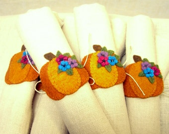 Felt Pumpkin Napkin Rings, Set of 6 Pumpkins, Wool Felt Halloween Party Decoration, Thanksgiving Table Decor *Ready to ship