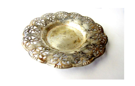 Vintage ornate silver plated small plate. Filigree ruffled edges. Rusty.