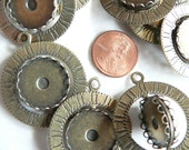 Two-sided vintage spinner bezel pendant, plated finding for clay and cabochon mixed media jewelry, collage supply, arts projects (4 pcs.)