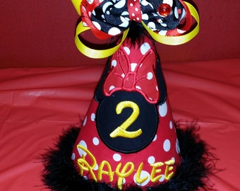 Minnie Mouse birthday Hat, MouseHead with bow and Number with removable Bow, Cake Smash Hat, Photo Prop, Includes Name and Number