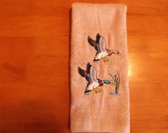 Embroidered ~MALLARD DUCKS~ Kitchen Bath Hand Towel