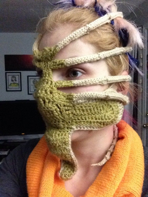 Xenomorph Knitting Pattern : Xenomorph Alien Face Hugger Ski Mask by ReadThisVisualArt ...