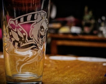 SALE!!!!! Beetlejuice cartoon etched beer pint glass.