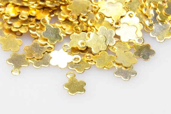 Pieces gold plated mini star charms matte