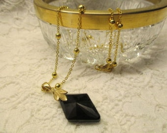 Onyx Black Glass Necklace Chain Fantastic Gold Plated Elegant