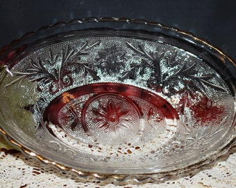 Anchor Hocking #900 Crystal Clear Gold Trimmed Sandwich Glass Oval Serving Bowl