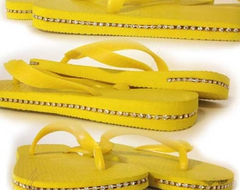 Sale! Havaianas Top Sandals with Crystals, Size 4 Yellow