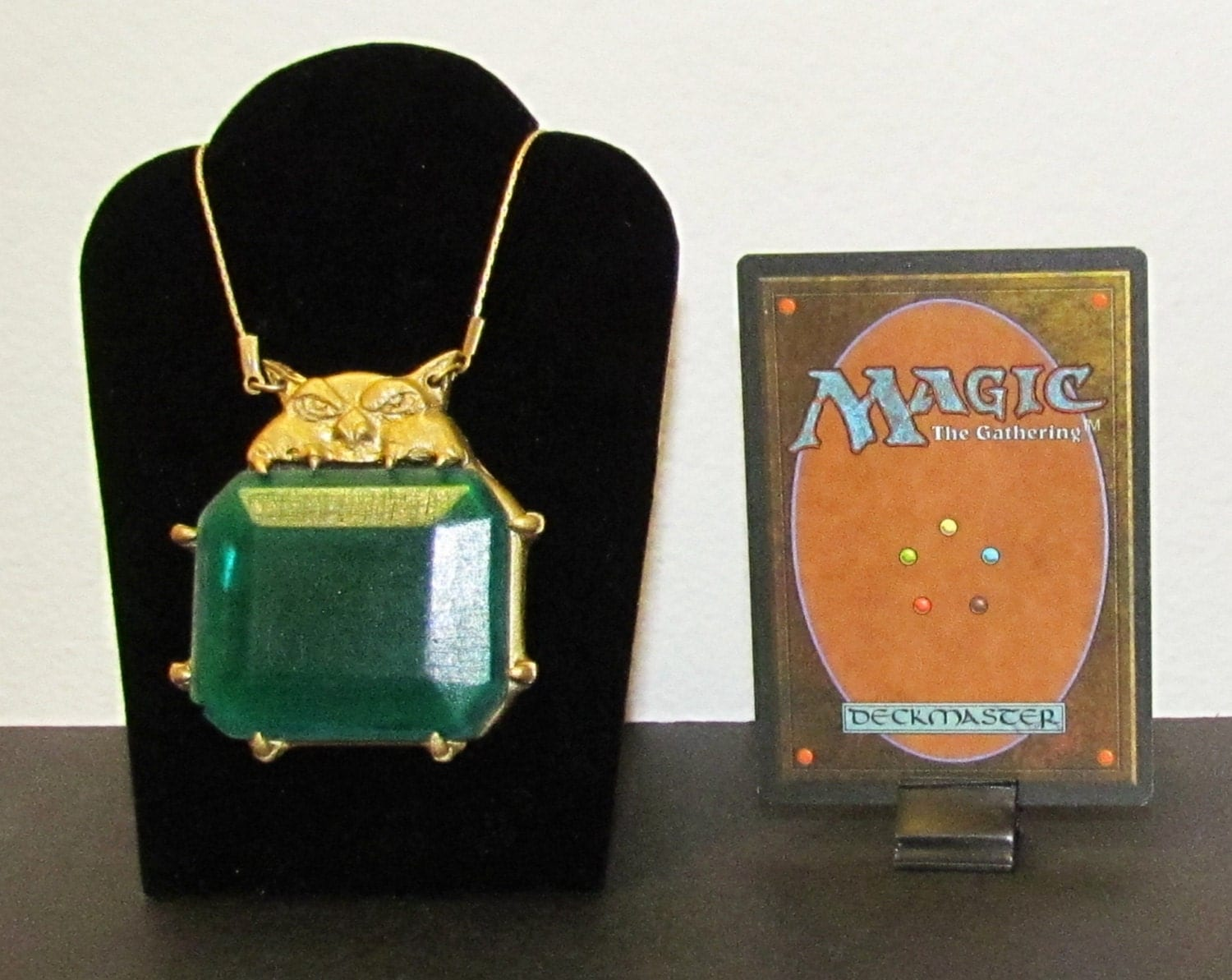 mtg magic the gathering mox emerald pendant necklace. Black Bedroom Furniture Sets. Home Design Ideas