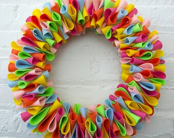 "Eco-Friendly Felt ""Petal"" Wreath // 13"""
