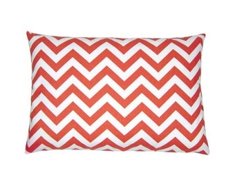 Pillowcase CHEVRON korall red white zigzag stripes 40 x 60 cm
