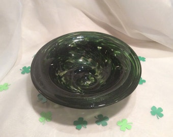 Sparkle Green Hand Blown Glass Bowl.  One of a Kind Glass Art.  Forest Green Glass Bowl